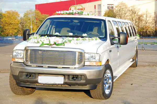 Ford excursion Лимузин (форд)
